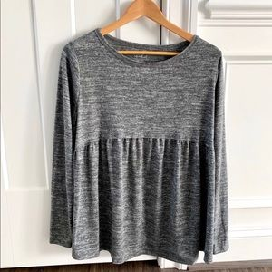Ingrid & Isabel Maternity Long Sleeve Top Size M